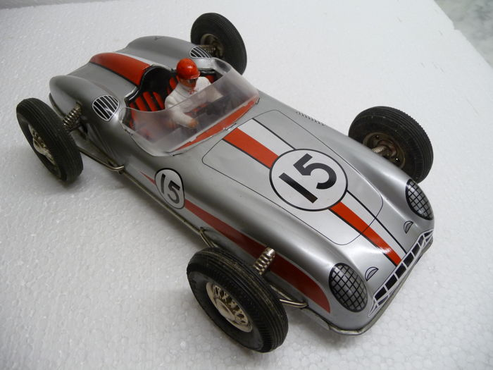 Joustra, France - Length: 30 cm - Superb tin race car with friction drive, 60s