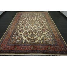 -Semi antique- handwoven -Persian carpet- -Palace Sarough Saruk- US re-import design -Made in Iran- -natural dyes- -345 x 250 cm-