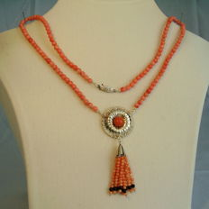 Goldsmith's necklace with angel skin coral totalling approx. 95 ct