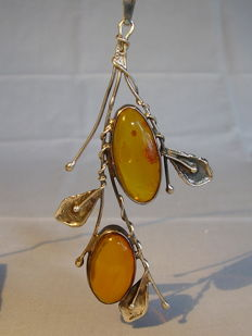 Pendant with natural amber cabochons, honey amber, Königsberg circa 1925-30