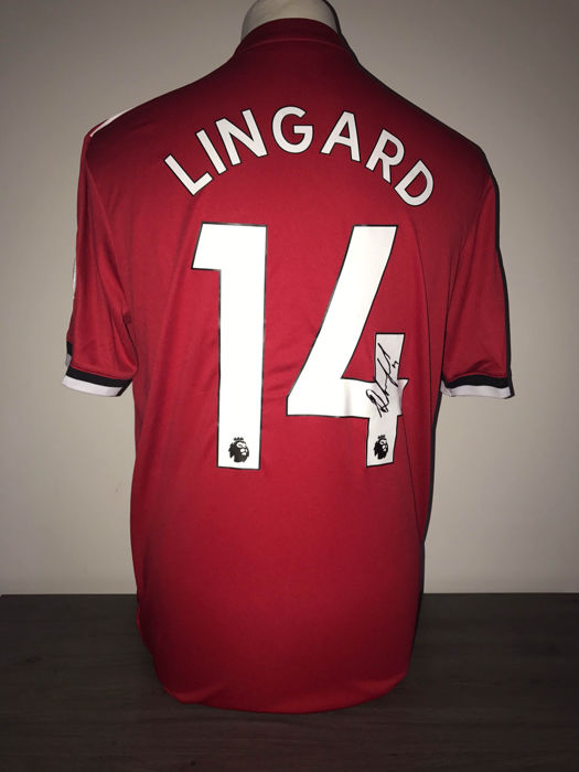 save off 8a02b a3b5c Jesse Lingard Manchester United home shirt 17-18 with photo ...