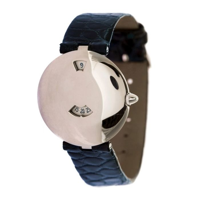 Chaumet Jumping Hour -women's watch