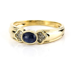 Yellow gold, 18 kt - Cocktail ring - Diamonds, 0.10 ct - Sapphire 0.60 ct - Interior cocktail ring diameter: 17.80 mm
