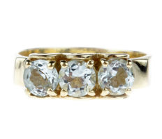14 kt gold women's ring set with aquamarine - ring size 18 -