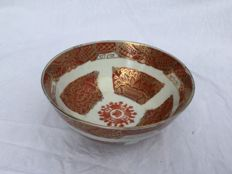 Beautiful stunning porcelain bowl with hand painted decoration - China - early 20th century