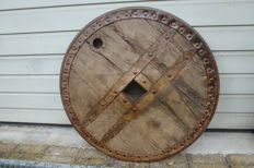 Antique oak wagon wheel for an ox cart - Spain - mid 19th century
