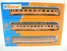 Roco H0 - 44302 and others - 3 express train carriages of the ÖBB, in orange [446]