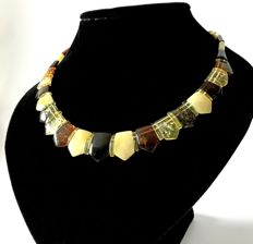 Necklace of Baltic Amber (not pressed), no reserve