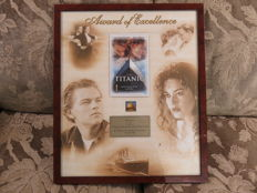 Titanic award of excellence 1998 45x53 cm