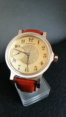 Mariage Hamilton watch for men. Year of the machinery: 1930-40.