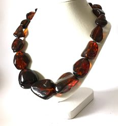 Fine natural Baltic amber necklace with large beads (not pressed), weight 106.9 grams - ruby colour