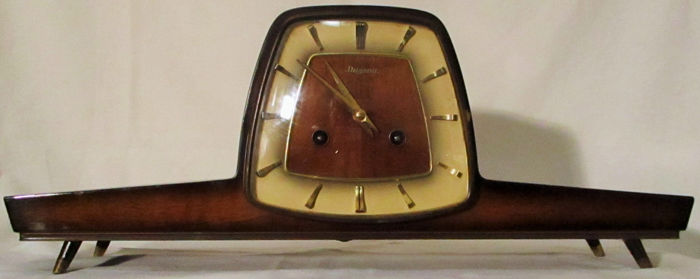 Dugena fireplace clock - 50s