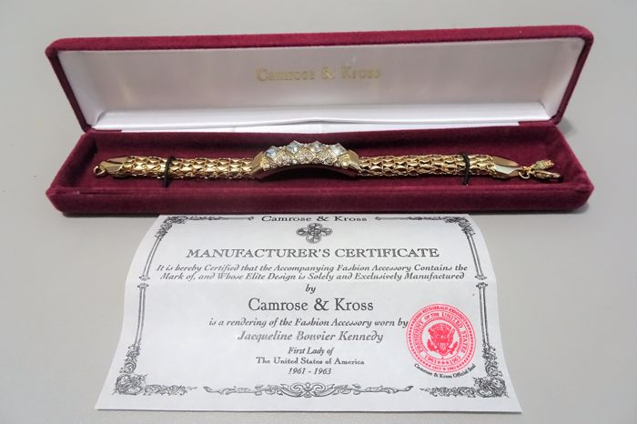 Camrose & Kross - JBK - Jackie Bouvier Kennedy - Goldplated Bracelet set with swarovski crystals in Box & Certificate of Authenticity