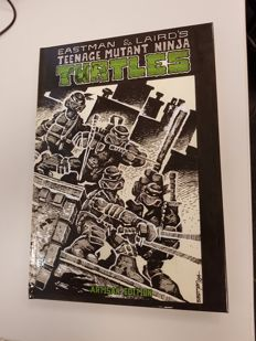 IDW Publishing - Teenage Mutant Ninja Turtles Artisan Edition - Limited Edition Signed By Kevin Eastman - HC (2017)