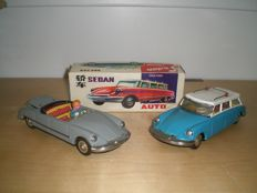 STF, China - Length 21 cm - Lot with 2 x Tin Citroën DS: Convertible and Break with friction motor, 1970s