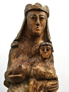 Virgin with the child following models of Romanesque art in carved and polychromed wood - Catalonia, Spain - early 20th century