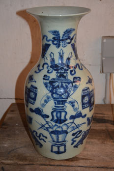 Fine blue white ground celadon vase - China - late 19th century
