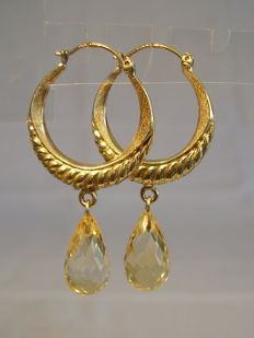 8kt gold earrings with facetted citrine briolettes