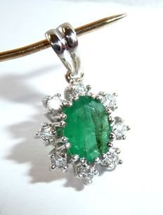 Pendant made of 14kt/585 white gold with emerald + diamonds approx. 1.06ct in total **no reserve price**