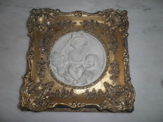 Gold-plated Frame with Scene in Relief, made of Marble Powder - 2nd half 20th century