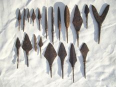 Collection of Medieval Arrowheads - 41-116mm  (20)