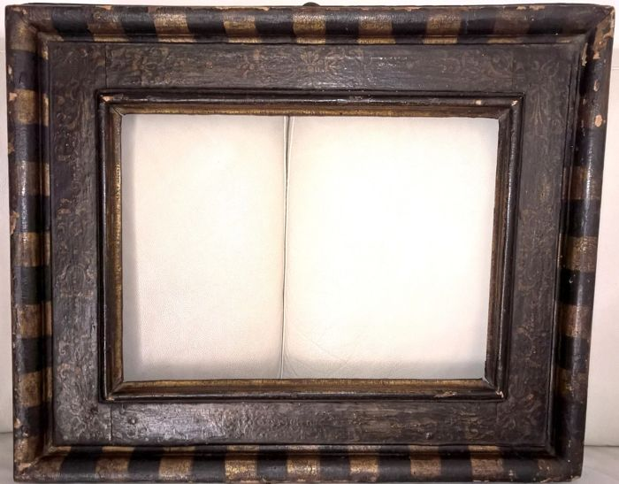 Antique and rare 16th century Senese frame, Tuscan Renaissance