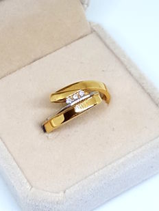Cocktail ring in 18 kt gold with brilliants – Size: 16/20.5 mm (SP)