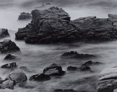 Thomas Finkenstadt (1950-)  - Misty # 4 - Big Sur Coast  en  Waterfall - Los Angeles - 1990