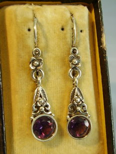 Antique Victorian earrings with faceted amethyst