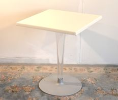Philippe Starck with Eugeni Guitllet for Kartell – Table – TopTop for Dr. YES 4347