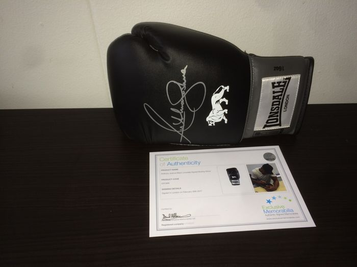 Anthony Joshua - Signed Black Lonsdale Boxing Glove + Framed photo (A4) Joshua vs Klitschko + COA inc photoproof.