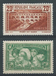 "France 1929/1931 – ""Pont du Gard"" and ""Caisse D'Amortissement"" – Yvert 262A and 269"