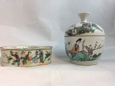 2 pcs of famille rose boxes - China - late 19th and republic period (1912-1949)