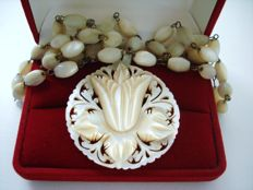 Antique Mother or Pearl Chain Statement Necklace with filigree carved Pendant in Floral motif