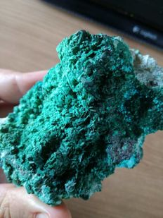 Magnificent pseudomorphosis of malachite after chrysocolla - 11 x 8 x 7.5cm - 197 g