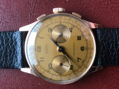 Delbana, 18 karat rose gold chronograph men's watch, 1930s/1940s