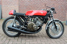 Honda - 250/4 - replica Mike Hailwood - Anni 60