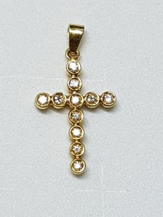 18 ct yellow gold cross - 0.22 ct diamonds - 2.1 x 1.5 cm **no reserve**