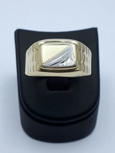 14 K Gold Man's Ring - size 22mm