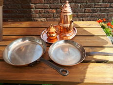 2 Professional tin copper kitchen stoves made in France 28cm and 24cm ép.2mm + coffee tray made in Belgium