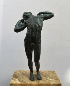 Stretching Man - figure in bronze with marble base - Italy or France - years 1920s / 1930s