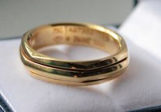 18 kt yellow gold ring Piaget, ring size: 20