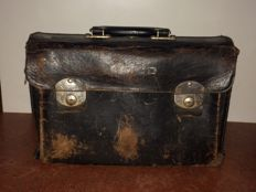 Vintage leather tool case, with imprint GADO - Groninger Autobusdienst Onderneming
