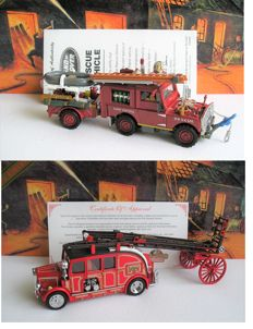 Matchbox Collectibles Platinum Editions - Schaal 1/43 - Leyland Cub FK7 Fire Engine 1936 en Land Rover Reddingsbrigade 1952