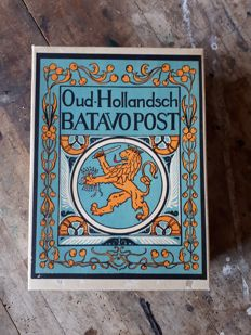 Post paper box Old Hollandsch Batavopost with content