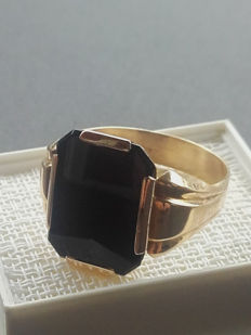 Men's Vintage  14K ring with onyx, size 20,30 mm, year 1970, No Reserve price