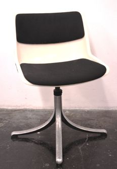 Osvaldo Borsani for Tecno – Office chairs  – model: Modus