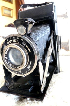 old analogue camera by brand DEHEL from the 1930s