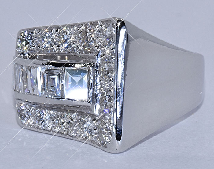 2.06 Ct Modern Diamond ring - NO reserve price!