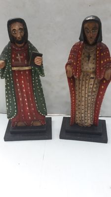 Two hand-carved  Saint statues - Spain - early 20th century
